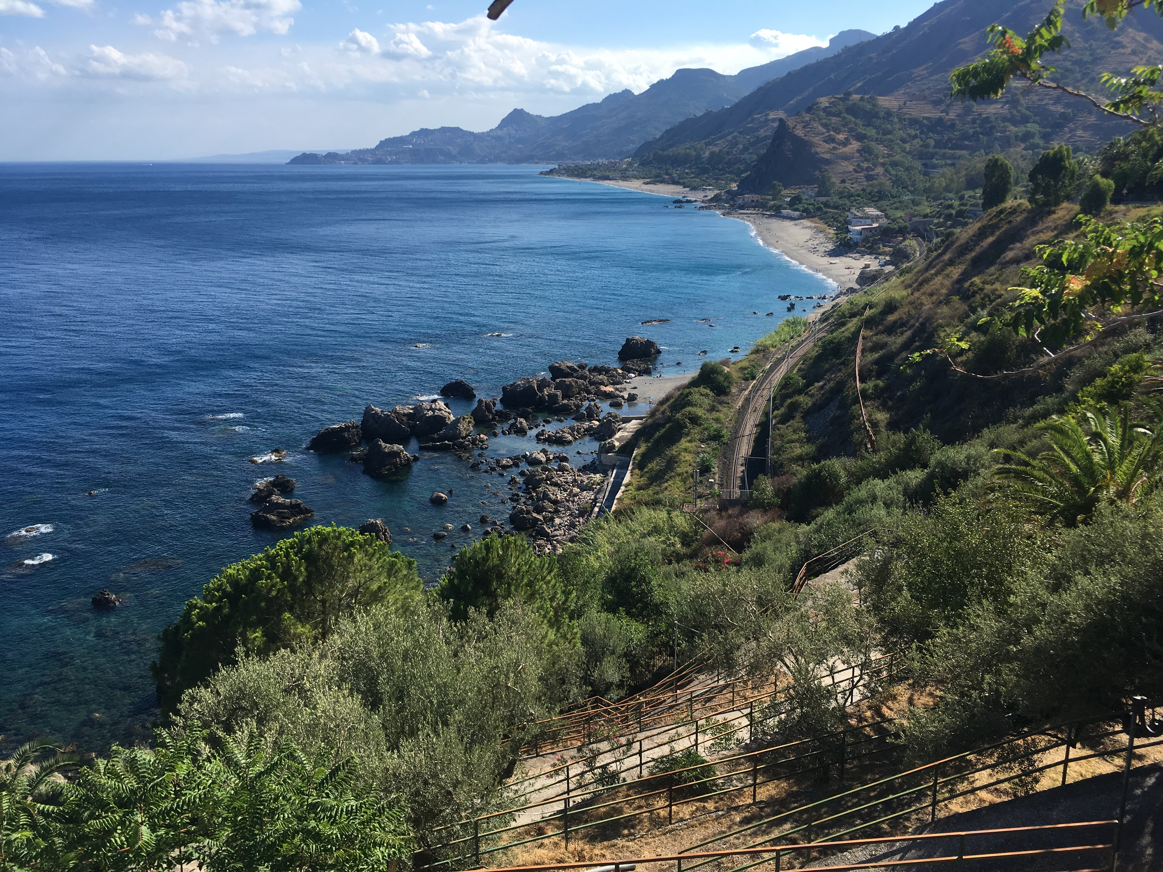 taormina castelmola forza d'agro the godfather olive trees orange lake sambucca di sicilia snow etna live volcano nature sport lava active fun hiking trekking walking excursionist Sicily mountains forest